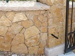 Pietra Di Luserna Prezzi parete in pietra prezzi foto e prezzi di tranciati per muri o