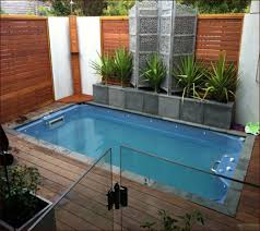 Pool Ideas For Small Backyard by Pool Designs For Small Backyards 1000 Ideas About Small Pools On