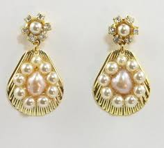 gold earrings for wedding bridal pearls earrings gold seashell and pearls rhinestone
