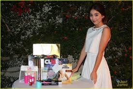rowan blanchard invites pals to murder mystery dinner for her 13th