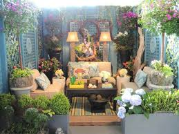 small outdoor space ideas