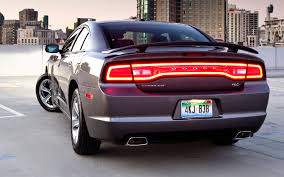 2011 dodge charger se review 2011 dodge charger rear three quarters photo 31329764