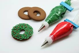 Decorating Christmas Wreath Cookies by How To Make A Christmas Wreath Cookie U2022 Cakejournal Com