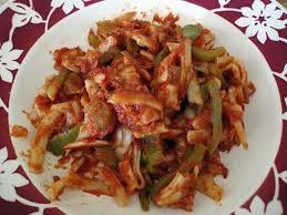 cuisiner des poivrons verts recette de pâtes aux poivrons verts et tomates