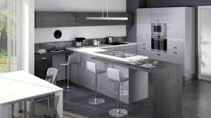 idees cuisine moderne lustre design pour cuisine équipée moderne luminaire