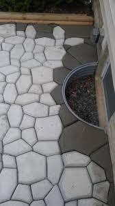 Quikrete Paver Mold by Diy Concrete Cobblestone Patio