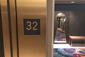 hton bay floor l mandalay bay elevators once again stopping at 32nd floor las vegas