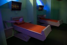 star trek bedroom meet the elvis impersonator who builds exact replicas of star trek