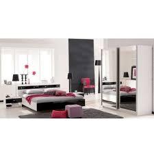 chambre laque noir chambre noir laqué kass couchage 140 x 190 cm lestendances fr