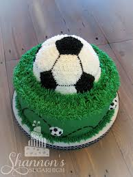 soccer cakes grass only with big 50 instead of soccerball and around front