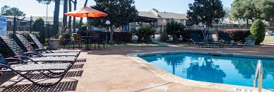 3 bedroom apartments in shreveport la towne oaks south apartments shreveport louisiana bh management