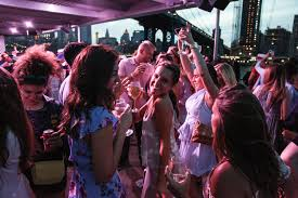 best boat parties in nyc including booze cruises