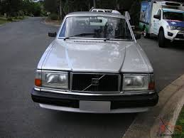 volvo 240 gl in little mountain qld