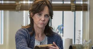 photos of sally fields hair sally field doesn t give a crap she ll tell you she didn t like