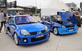 clio renault v6 is renault u0027s 2 0 litre turbo clio concept too mad for production