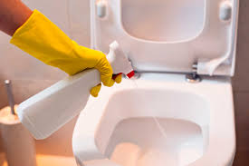 Ammonia Smell In Bathroom Toilet Mistakes You Didn U0027t Know You Were Making Reader U0027s Digest