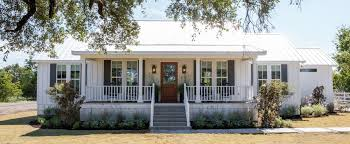 Fixer Upper Homes by Episode 16 The Little Shack On The Prairie Magnolia Market