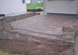 Build Paver Patio How To Build A Raised Patio With Retaining Wall Blocks Raised