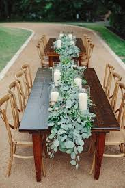 what is a table runner 9 trending table runners for weddings mywedding
