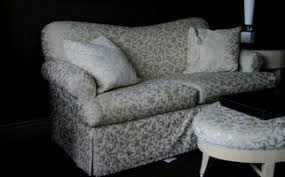 How To Make An Upholstered Ottoman by How To Build An Upholstered Ottoman Ehow
