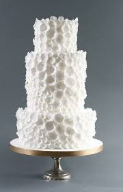 winter wedding cakes 16 winter wedding cakes that are stunningly beautiful and