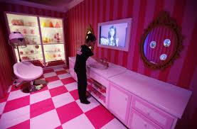 Barbie Home Decor by Protesters U0027occupy U0027 Barbie Dreamhouse In Berlin Over Fun