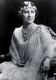 Wedding Gifts Queen Elizabeth Elizabeth Bowes Lyon Was Known As The Queen Mother To Avoid