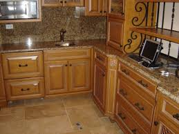giallo fiorito granite with oak cabinets santa cecilia granite pictures and ideas