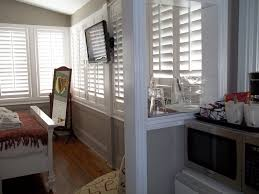 artist house rooms u0026 suites artist house key west key west guesthouse