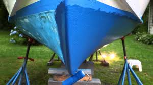 tips and tricks for bottom painting your boat youtube