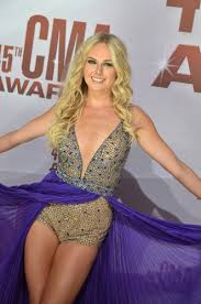 times square gossip stars out for 45th annual cma awards
