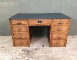 bureau teck massif bureau en bois teck massif 160x70x75cm versailles tek import pour