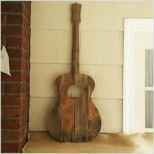 Guitar Home Decor 13 Cool Home Decor Projects To Make From Fence Wood
