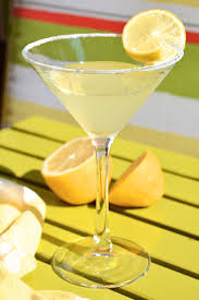 top 14 girly alcoholic drinks stayglam com