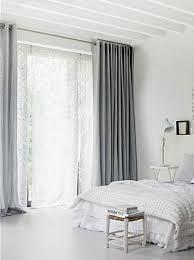 chambre grise et blanc chambre grise et blanc ou beige 10 idées déco pour choisir deco