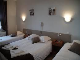 chambre 4 personnes hotel bord de mer ouistreham chambres le cosy hotel plage normandie