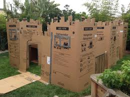 Instructions On How To Build A Toy Box by The 25 Best Cardboard Castle Ideas On Pinterest Cardboard Box