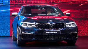 luxury bmw 2017 bmw loses luxury car crown to mercedes as 2017 headwinds rise
