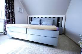 Wohnideen Schlafzimmer Beige Chestha Com Dachschräge Design Schlafzimmer Atemberaubend