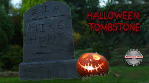 how to make a halloween tombstone decoration from breeze blocks