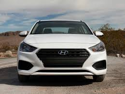 hyundai accent base model 2018 hyundai accent review and drive autoguide com