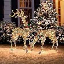 people who hang christmas lights awesome 06 christmas lights outdoor ideas christmas lights outside