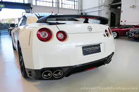 nissan australia 2014 nissan gtr white classic throttle shop