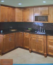 Kitchen Maple Shaker Cabinets Eiforces - Shaker cabinet kitchen