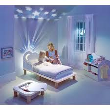 chambre ciel étoilé location d un lit avec veilleuse intégrée louer ses meubles