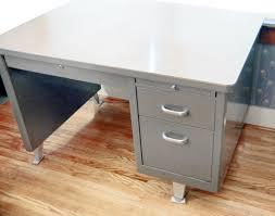 Office Desk Pedestal Drawers Mid Century Modern Shaw Walker Classic Steel Tanker Desk