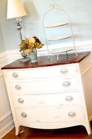25 amazing trash to treasure projects two tones refinished