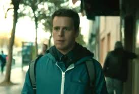 New Promo for HBO     s      Looking       Jonathan Groff Browsing Through Online Dating Service