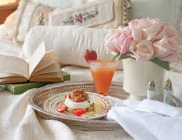 Breakfast In Bed Table by Serve Mom Breakfast In Bed This Mother U0027s Day