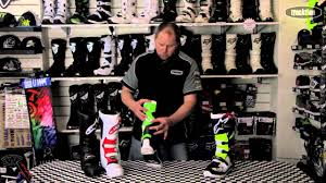 green dirt bike boots 2014 alpinestars tech 7 motocross boot from www tracktion co nz